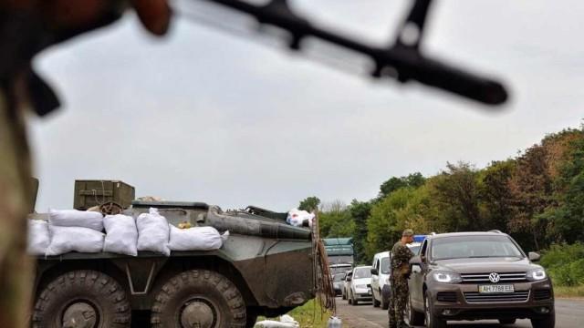 vsu-razreshili-otbirat-transport-na-Donbasse.jpg