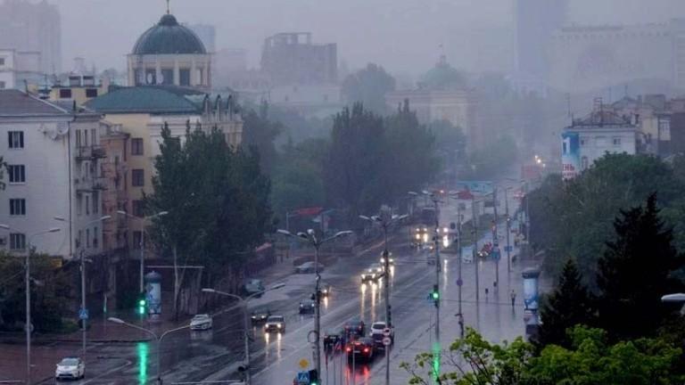 v-dnr-na-tekushhey-nedele-ozhidayutsya-dozhdi-s-grozami-e1526310318897.jpeg